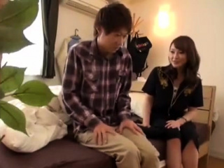 Hot Japanese MILF Fucking Concerning Young Lover