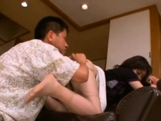 Curvy japanese honey goes down vulnerable knob and rides vigorously