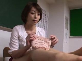 Diverting Tamaki Nakaoka is fucked for hours