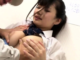 Japanese asian blowjob amateur fingered and loves clean out